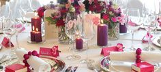 Tischdekoration für die Hochzeit in Beere und Fuchsia - weddix