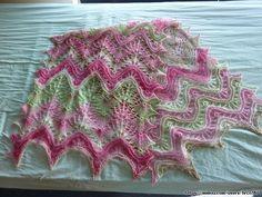 Elsa, Diy And Crafts, Blanket, Knitting, Handmade, Shawl, Dots, Tejidos, Tricot