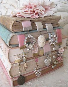 DIY GIFT Charming Bookmark