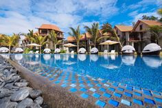 EAST COAST: Maritim Crystals Beach Hotel , a 4* resort, situated at Palmar in the east coast of Mauritius, along a long white sandy beach of 800...
