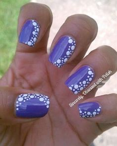Purple nail polish with white polka dots on the nails! Fancy Nails, Trendy Nails, Diy Nails, Classy Nails, Dot Nail Art, Polka Dot Nails, Polka Dots, Nail Art Dotting Tool, Purple Nail Designs
