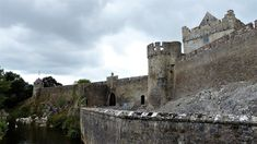 Co. Tipperary: Cahir Castle. Irish Landscape, Barcelona Cathedral, Mount Rushmore, My Photos, Castle, Mountains, Nature, Travel, Naturaleza