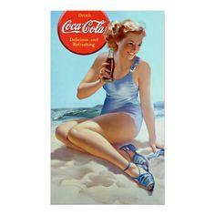 "Képtalálat a következőre: ""coca cola poster girl"" Coca Cola Gifts, Coca Cola Store, Coca Cola Ad, Always Coca Cola, World Of Coca Cola, Coke Ad, Coca Cola Vintage, Pin Up Vintage, Vintage Ads"