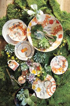 The geometric and floral designs of the Sun Grove Dinnerware collection bring a celebratory feel to the dinner table.