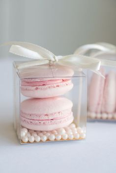 Bevorzugen Sie Boxen Hochzeit transparenten Würfel zum Anpassen - contenant boite à dragées bapteme - Wedding Favors And Gifts, Wedding Favor Boxes, Wedding Cake Prices, Fall Wedding Cakes, Macaroon Wedding Cakes, Macaron Wedding, Macaroons, Tea Party, Bridal Shower