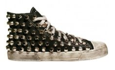 pinned converse by zelma