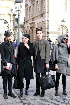 New men- bringing back Shakespeare moda.  Only in London...