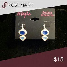 Women's earrings Women's dangle earrings with blue inset Style Jewelry Earrings