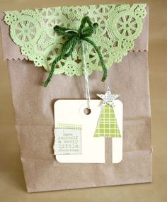 gift wrapping inspiration - coloured doilies for xmas and homemade tags = wow!