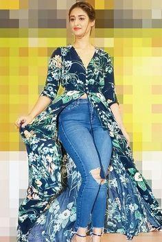 New Fashion : Bollywood girls Indian Bollywood Actress, Bollywood Girls, Beautiful Bollywood Actress, Bollywood Fashion, Beautiful Girl Indian, Most Beautiful Indian Actress, Men's Fashion, Fashion Week, Ileana D'cruz Hot