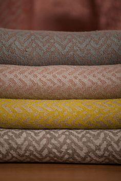 Galería   James Malone Fabrics @latorredecora  http://latorredecoracion.com/productos/
