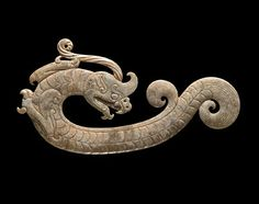 Acrobatic Dragon Ornament, Warring States Period-Qin-Han Dynasties, 475 BCE - 220 CE.