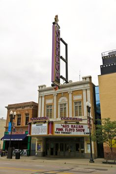 124 Best Old Theaters images in 2019 | Theatre, Movie theater, Drive