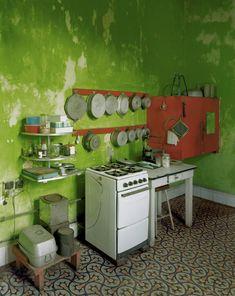 Rustic Green Kitchen _ Photographer Michael EASTMAN leaving LA HAVANA into…