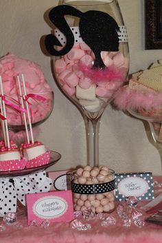 Treats at a Barbie Party #barbieparty #treats