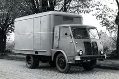Star Vintage Trucks, Roads, Recreational Vehicles, Cool Photos, Lego, Poland, Historia, Road Routes, Street
