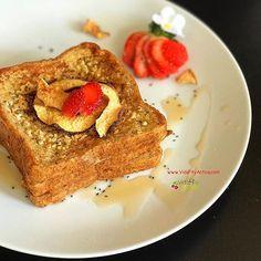 WEBSTA @vidafityactiva Viernes querido, ya estás aquí ❤️💃🏻 . . Vamos con un desayuno facilito, nutritivo y súper delicioso 😋 ¿te apuntas? . . Toma nota 👉🏼 en un bowl mezcla 1 huevo 3 claras 1 cucharada de semillas de chia 3 cucharadas de leche de almendras sin azúcar 1 cucharada de esencia de vainilla, almendras troceadas y canela al gusto. . Empapa las rebanadas de pan integral 🍞 en esta mezcla y cocina a la plancha con un poco de aceite de coco. Dora por ambos lados y listo 👌🏼…