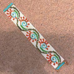 Fiesta flore perle Loom Bracelet Bijoux artisanaux par PuebloAndCo