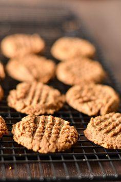 Almond Butter Cookies - Gluten Free, Sugar Free - MamaShire.com