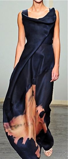 masterful draping from Donna Karan. Hey, Sarah, look bleach on clothes is fashionable!