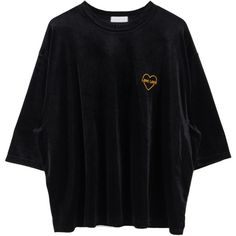Heart Embroidered Velvet Oversized Tee (1.010 RUB) ❤ liked on Polyvore featuring tops, t-shirts, embroidery t shirts, elbow sleeve tops, bunny t shirt, pattern t shirt and elbow length tee