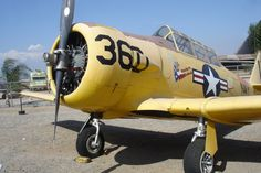 WW-II Navy figher pilot trainer SNJ   March Air Force Museum