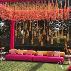 Pink n gold Golden hangings with tassles awesome decoration for mehandi. Desi Wedding Decor, Indian Wedding Theme, Luxury Wedding Decor, Indian Wedding Planning, Indian Theme, Wedding Stage Decorations, Wedding Ceremony Backdrop, Wedding Themes, Wedding Backdrop Design
