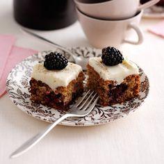 Blackberry and cinnamon sponge squares