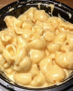 Mac and Cheese uploaded by isskitkat on We Heart It I Want Food, Love Food, Healthy Snacks, Healthy Recipes, Fat Foods, Food Goals, Aesthetic Food, Food Cravings, Food Inspiration