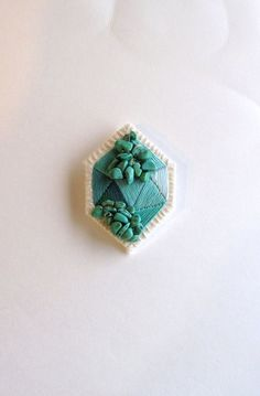 Geometric emerald green brooch embroidered with howlite beads in diamond shape mint greens from An Astrid Endeavor. Saved to An Astrid Endeavor. Beaded Embroidery, Embroidery Stitches, Hand Embroidery, Embroidery Designs, Embroidery Jewelry, Art Textile, Textile Jewelry, Clay Jewelry, Beaded Jewelry
