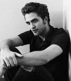 Robert Pattinson em fotos sensuais