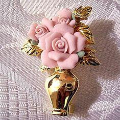 Pink Rose Flower Vase Brooch Gold Tone Vintage Three Open Buds Layered.