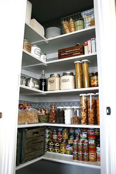 Tick: Pantry organization