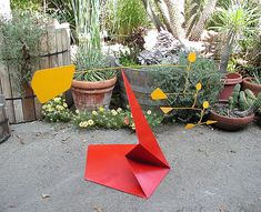 Equalizer #1 (25x44x20) is a kinetic art stabile sculpture by Los Angeles metal sculptor Bruce Gray.