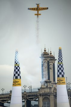 Nigel Lamb at the Red Bull Air Race World Championship in Putrajaya #airrace (photo courtesy of Red Bull Air Race)
