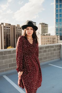 The Danielle maroon dress. Brick Colors, Maroon Dress, Fall Dresses, What To Wear, Fashion Accessories, Model, Collection, Vintage, Brown Dress
