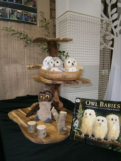 'Owl Babies' story table