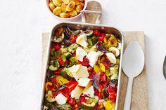 Even snijden, in de oven en je eet vanavond groenten met dat lekkere grillsmaakje - Recept - Allerhande