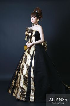 和ドレス 着物ドレス 黒・ゴールドのAライン Kimono Dress, Zero, Design Inspiration, Victorian, Dresses, Fashion, Kimono Dressing Gown, Vestidos, Moda