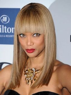 banking haircut banking hairstyles long hair Straight With Blunt Cut Bangs Bobbed Hairstyles With Fringe, Straight Hairstyles, Tyra Banks Hair, Latest Hairstyles, Cool Hairstyles, Long Hair Cuts, Long Hair Styles, Cute Bangs, Thick Bangs