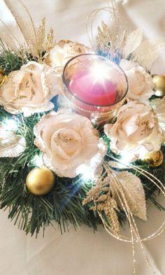 Nuovo centrotavola natalizio panna e oro con luci