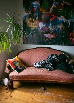 ArtBanana náhlíží do ateliérů: Matěj Olmer Online Galerie, Couch, Contemporary, Artist, Furniture, Home Decor, Atelier, Settee, Decoration Home