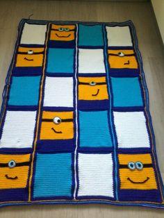 Minion deken nr.2 gehaakt met stylecraft naald 5.5 rand 4.5