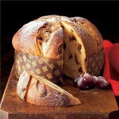 Panettone, typical Christmas sweet treat; mmmmm......me gusta