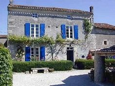 Farmhouse in Amberac, Charente, France. Book direct with private owner. French Farmhouse, French Country, Holiday Lettings, French Property, Holiday 2014, France Travel, Villa, Cottage, Mansions