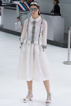 #chanel #ss16 #paris #fashion #pfw #fw #runway #couture #defile
