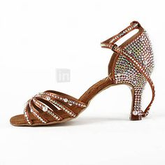 Lady's latin shoes with rhinestones. Rhinestones are not allowed in USA Dance… Latin Dance Shoes, Latin Dance Dresses, Ballroom Dance Dresses, Ballroom Dancing, Baile Latino, Salsa Shoes, Dance Accessories, Dance Fashion, Dance Wear