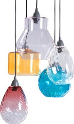 Cluster of coloured hanging lights to go over a table or in a corner. Dining Table Lighting, Lounge Lighting, Kitchen Lighting, Lighting Design, Hall Lighting, Lighting Ideas, Multi Luminaire, Passion Deco, Cluster Lights