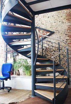 escalier en colimacon clg anne frank
