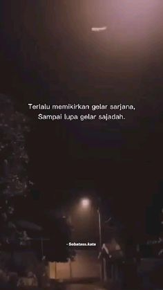 Moody Quotes, Quotes Rindu, Pray Quotes, Quran Quotes Inspirational, Message Quotes, Real Life Quotes, Islamic Love Quotes, Love Quotes For Him, Music Quotes